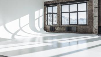 Аренда фотостудий с большим залом в Украине почасово • 2021 • RoomRoom 20