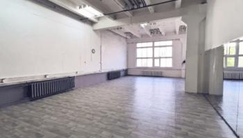 Лучшие места для танцев на пилоне в Украине • 2021 • RoomRoom 1