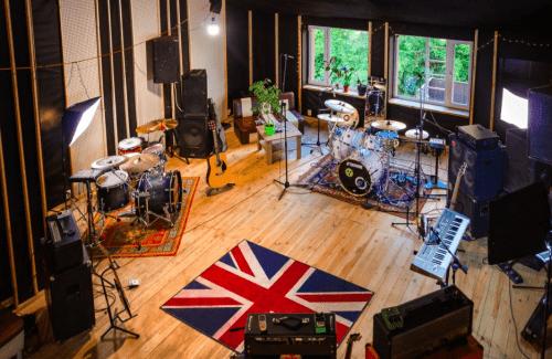Bright Sound - 2 репетиционных зала в лофт стиле • 2021 • RoomRoom 1
