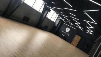 Пространства для танцевальных мероприятий возле метро Почайна • 2021 • RoomRoom 1