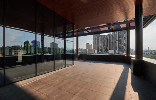 PMHUB - ивент холл с открытой крышей на Печерске • 2021 • RoomRoom 6