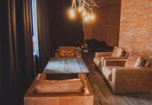 Flora Hub - лофтовое пространство с уникальным декором • 2021 • RoomRoom 11