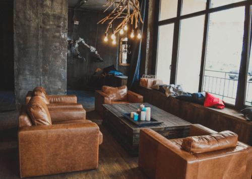 Flora Hub - лофтовое пространство с уникальным декором • 2021 • RoomRoom 3