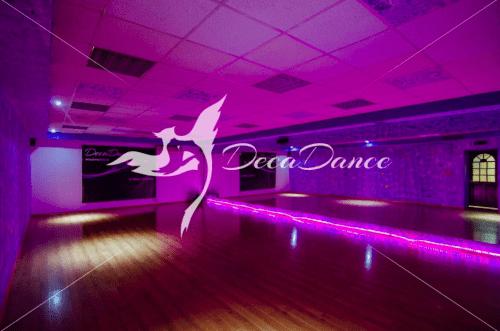 Deca Dance 2 - танцевальные залы на Крещатике • 2021 • RoomRoom 3