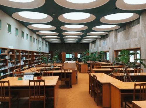 Библиотека им. Вернадского - уникальная советская архитектура • 2021 • RoomRoom 3