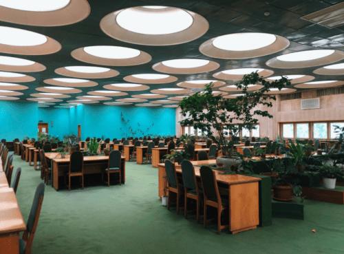 Библиотека им. Вернадского - уникальная советская архитектура • 2021 • RoomRoom 5