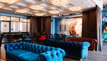 Аренда переговорной комнаты в Киеве почасово • 2021 • RoomRoom 12