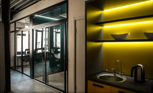 Beeworking Podil - инновационный 5-этажный коворкинг • 2021 • RoomRoom 4
