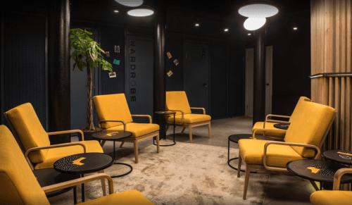 Beeworking Podil - инновационный 5-этажный коворкинг • 2021 • RoomRoom 1