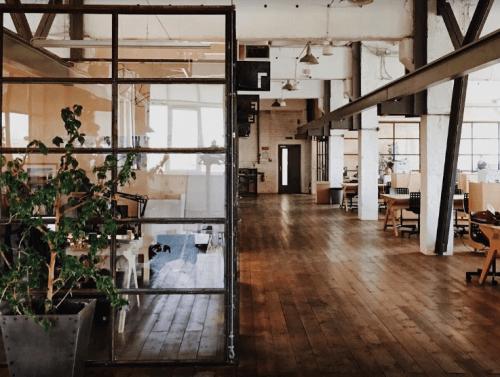 Izone - 4-х этажное творческое пространство • 2020 • RoomRoom 11