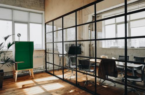 Izone - 4-х этажное творческое пространство • 2020 • RoomRoom 9