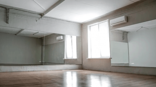 Burn the Floor - студия с огромным залом-трансформером • 2021 • RoomRoom 3