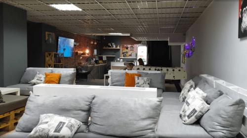 Лясы - антикафе для больших компаний • 2020 • RoomRoom 2