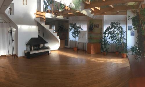 Orion - 6 красивых танцевальных залов • 2021 • RoomRoom 10