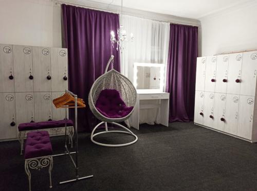 Фрейя - танцевальная студия с пилонами и полотнами • 2021 • RoomRoom 5