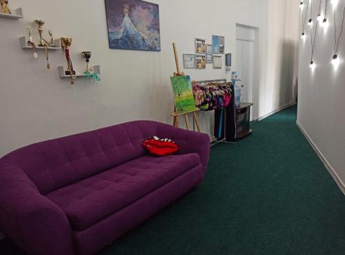 Фрейя - танцевальная студия с пилонами и полотнами • 2021 • RoomRoom 6