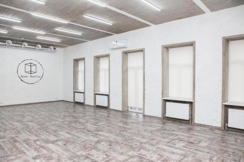 Dance Republic - 3 танцевальных лофт зала • 2021 • RoomRoom 2