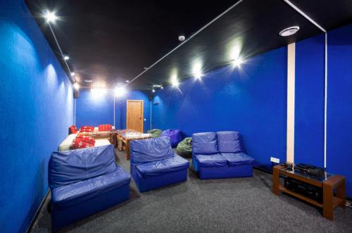 Placzabaw - 5 залов с кинотеатром и играми • 2021 • RoomRoom 1