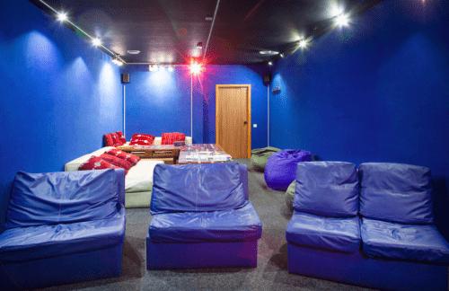 Placzabaw - 5 залов с кинотеатром и играми • 2021 • RoomRoom 9