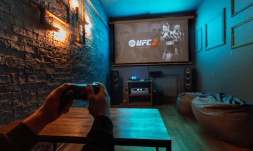 Rockfellow на Андреевском - 6 стильных кинозалов с играми • 2021 • RoomRoom 4