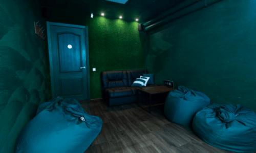 Rockfellow на Андреевском - 6 стильных кинозалов с играми • 2021 • RoomRoom 11