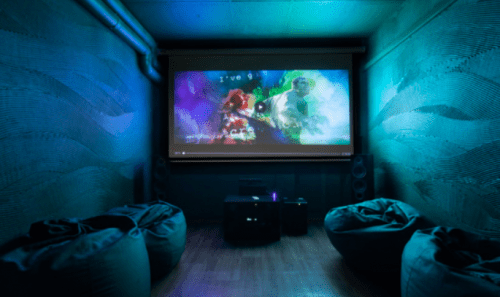 Rockfellow на Андреевском - 6 стильных кинозалов с играми • 2021 • RoomRoom 10