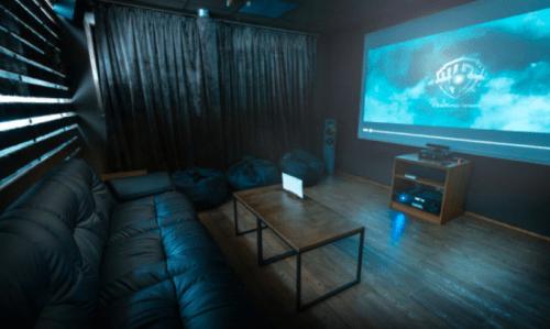 Rockfellow на Андреевском - 6 стильных кинозалов с играми • 2021 • RoomRoom 7