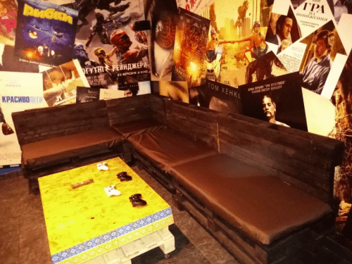 Kinoroom Позняки - кинотеатр с караоке, играми и VR • 2021 • RoomRoom 11