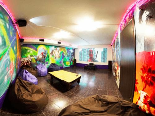 Kinoroom Теремки - универсальные кинозалы с играми и караоке • 2021 • RoomRoom 5