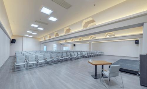 Gagarinn - современный комплекс из 9 конференц залов • 2021 • RoomRoom 4