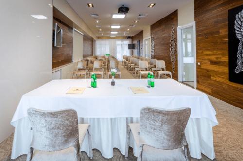 Panorama De Luxe - конференц зал и стильная терраса на крыше • 2021 • RoomRoom 3