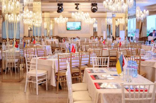 Atlantic Garden Resort - 5 стильных конференц залов и комната переговоров • 2021 • RoomRoom 4