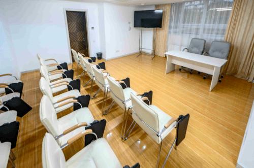 Atlantic Garden Resort - 5 стильных конференц залов и комната переговоров • 2021 • RoomRoom 14