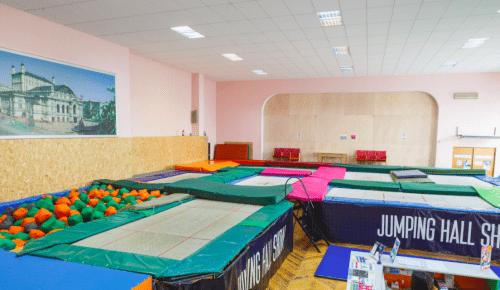 Jumping Hall - батутный зал и 2 зала с татами на Берестейской • 2021 • RoomRoom 3