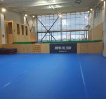Jumping Hall батутный зал киев