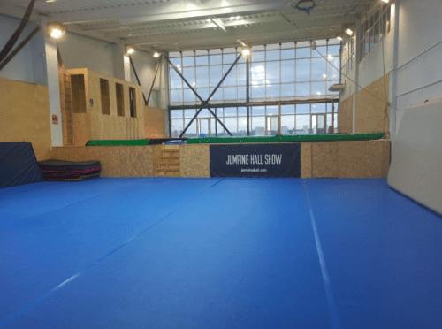 Jumping Hall - батутный зал с Mega Tramp на Харьковском шоссе • 2021 • RoomRoom 3