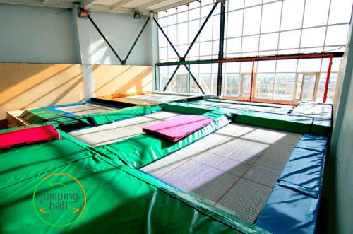 Jumping Hall - батутный зал с Mega Tramp на Харьковском шоссе • 2021 • RoomRoom 4