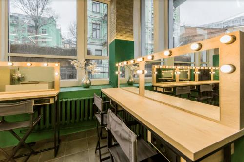 Dream Coworking - бьюти коворкинг в самом центре Киева • 2021 • RoomRoom 3