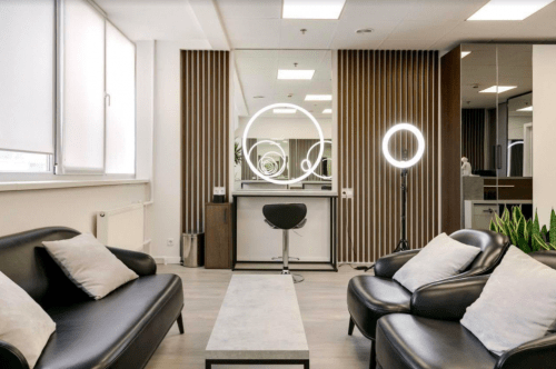 Vtrende - стильный бьюти коворкинг на Лыбедской • 2021 • RoomRoom 4