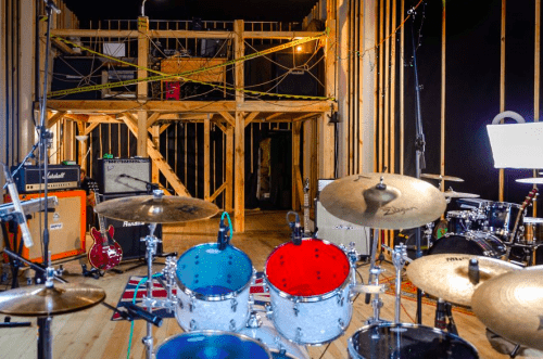 Bright Sound - 2 репетиционных зала в лофт стиле • 2021 • RoomRoom 9