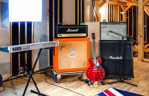 Bright Sound - 2 репетиционных зала в лофт стиле • 2021 • RoomRoom 4