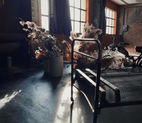 Dark Loft - фотостудия с 2 залами в стиле лофт • 2021 • RoomRoom 11