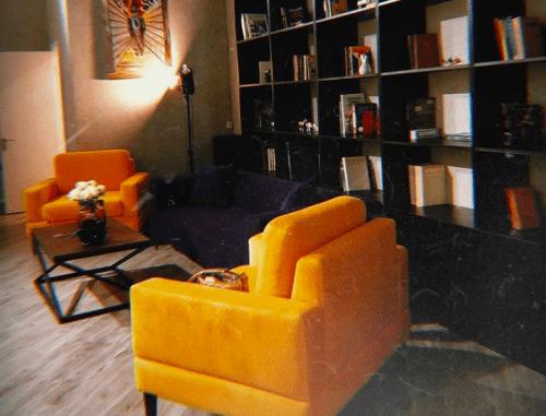 Rabbit - фотостудия с 3 залами возле метро Защитников Украины • 2021 • RoomRoom 7