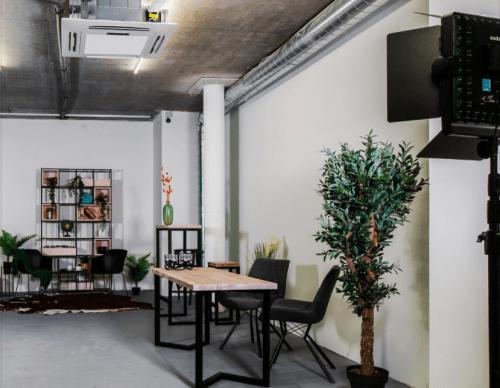 Upstairs - фотостудия с 4 залами и террасой на Лукьяновке • 2021 • RoomRoom 12