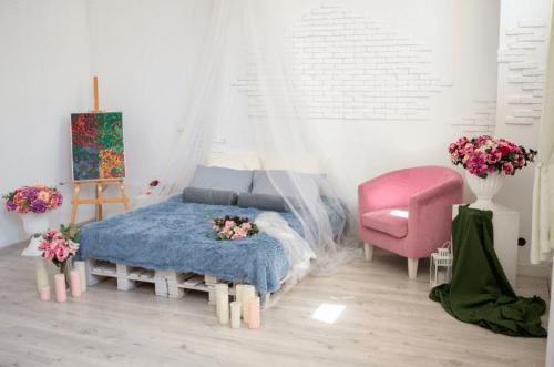 Bardak - небольшая фотостудия возле метро Проспект Гагарина • 2021 • RoomRoom 12