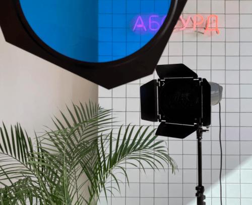 Абсурд - небольшая фотостудия в центре Одессы • 2021 • RoomRoom 10