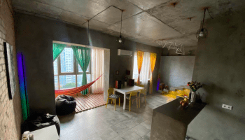 Аренда фотостудий в Украине почасово • 2021 • RoomRoom 8